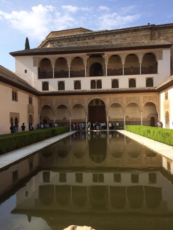 Reflecting pool, Nazaries Palace
